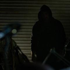 Murdock visita a Potter para arreglar el traje.