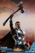 Thor IW Hot Toys 9