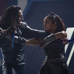 Brunnhilde es confrontada por Loki.
