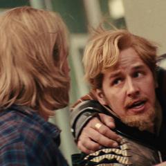 Fandral recibe instrucciones de Thor.