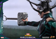 Marvel-thor-ragnarok-hela-sixth-scale-hot-toys-903107-13