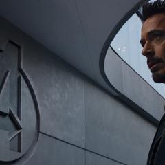 Stark regresa al Centro de los Nuevos Vengadores.