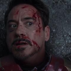Stark es derrotado por Rogers.