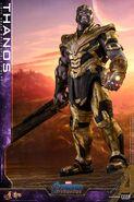 Endgame Thanos Hot Toys 10