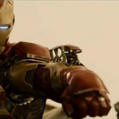Stark a punto de destruir el cuerpo principal de Ultrón.