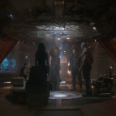 Gamora y el equipo se unen para salvar Xandar.