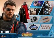 Thor IW Hot Toys 20