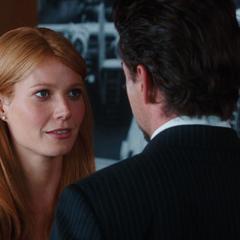 Stark tiene una charla con Potts.