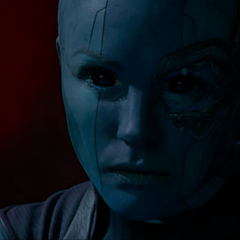 Nebula se percata que Ronan ha asesinado a El Otro.