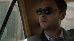 Leo-Fitz-Sunglasses-S3E1