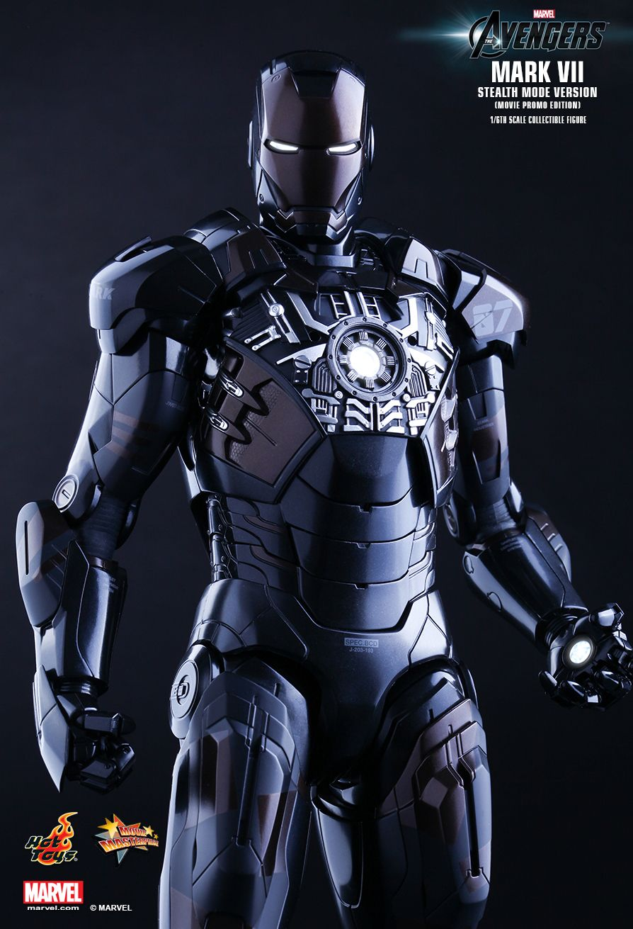 Man 32 Indicted In Alleged Misconduct With 14 Year Old: IRON MAN Mark VII Stealth Mode Hot Toys 02.jpg