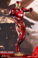 Iron Man IW Hot Toys 11