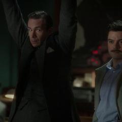 Jarvis y Stark se entregan a la SSR.