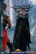 Marvel-thor-ragnarok-hela-sixth-scale-hot-toys-903107-07