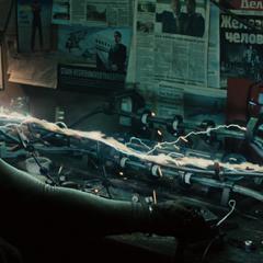Ivan construye una armadura para asesinar a Stark.