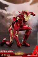 Iron Man IW Hot Toys 4