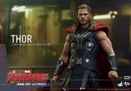Thor AOU Hot Toys 9