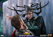 Marvel-thor-ragnarok-hela-sixth-scale-hot-toys-903107-11