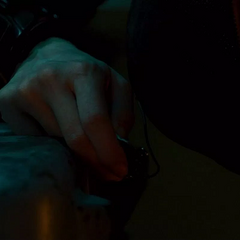Romanoff activa el localizador para ser encontrada por los Vengadores.