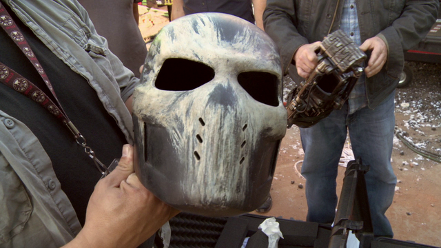 File:Crossbones Helmet (The Making of CACW).png