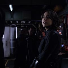 Johnson emocionada por su primera misión con los Guerreros Secretos.