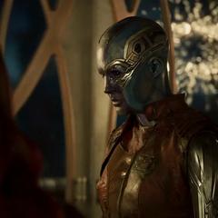 Nebula duda si los Guardianes pueden vencer a Ego.