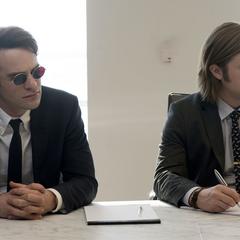 Murdock y Nelson trabajando para Landman y Zack.