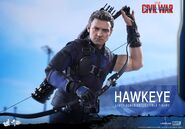 Hawkeye Civil War Hot Toys 3