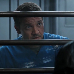 Barton molesto con Stark.