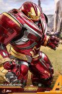 Hulkbuster Infinity War Hot Toys 5