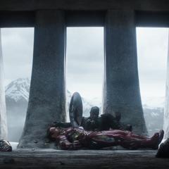 Rogers logra derrotar a Stark.