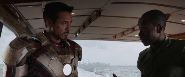 File:Iron Man 3 01526.jpg