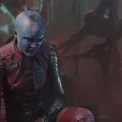Nebula trata de alejarse de Ego.