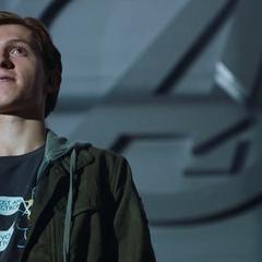 Parker en el Centro de los Nuevos Vengadores.
