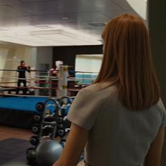 Potts llega con Stark para concretar su ascenso.