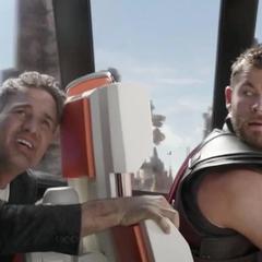 Banner y Thor en una persecución.