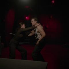 Carter pelea con Zandow.