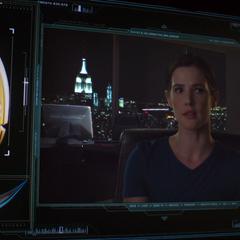 Hill se percata de la ubicación del Cetro de Loki.