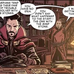 Wong le habla a Strange sobre las Gemas del Infinito.