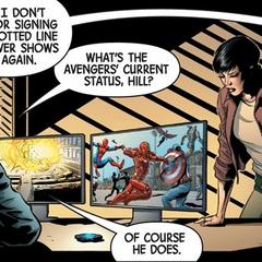 Hill informa a Fury sobre el estado actual de los Vengadores.