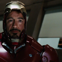 Stark se prepara para confrontar a Stane.