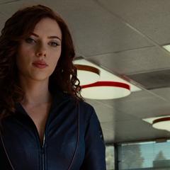 Rushman se revela como la agente Romanoff de S.H.I.E.L.D.