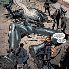 Barton cerca del Destructor tras ser vencido por Thor.