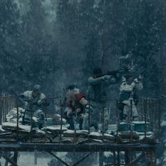 Thor embosca a los soldados de HYDRA.