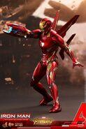 Iron Man IW Hot Toys 8