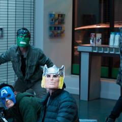 Los Vengadores criminales son confrontados.