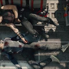 Pietro es llevado al transportador.