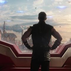 Thor preocupado por la seguridad de su gente.