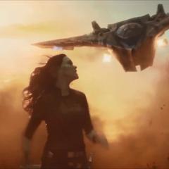 Gamora esquiva los disparos de la nave-M de Nebula.