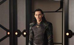 Thor Ragnarok Stills Loki 1
